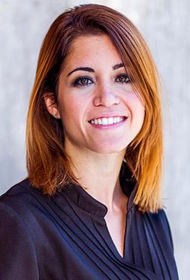 Beatriz Félix, fisioterapeuta y osteópata en Clínica Luis Baños de Jaén