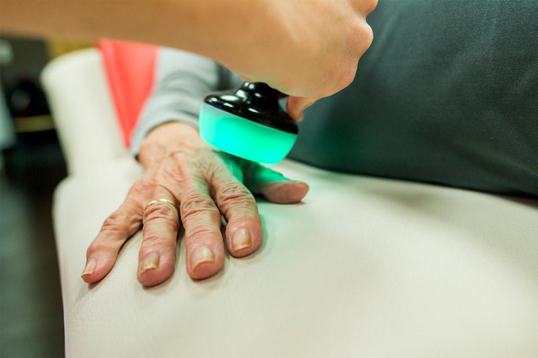 Tratamiento de Sudeck en mano en Clínica Luis Baños de Jaén