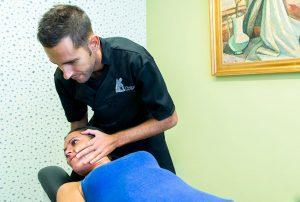 Tratamiento de Tortícolis en Clínica Luis Baños