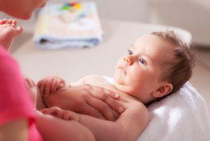 Fisioterapia respiratoria en bebe