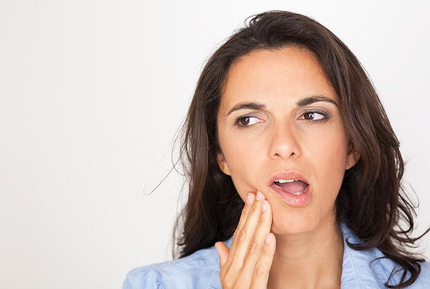 Tratamiento del crujido mandibular en Clínica Luis Baños
