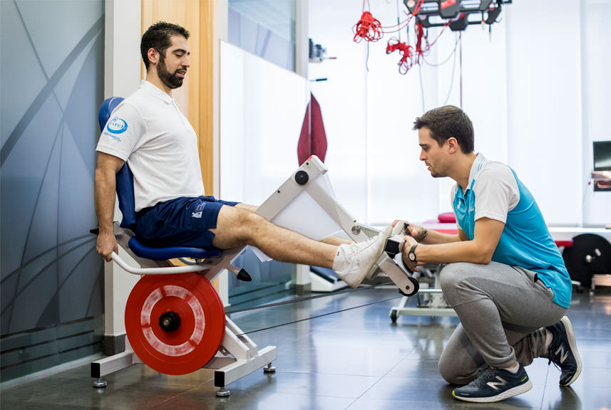 Tratamiento de la Tendinopatía Aquílea en la Clínica Luis Baños de Jaén
